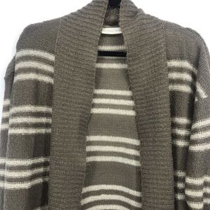 La class couture knit sweater cardigan striped large